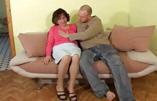 سینه کلان, لزبین شهوانی دانلود کلیپ سکسی کم حجم موبایل عاشقانه نوازش در یک تخت بزرگ